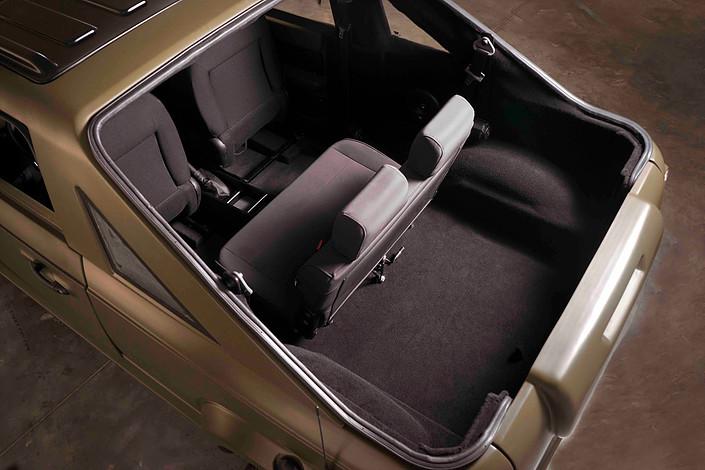 أخيرا وصول أول نسخة من سيارات شركة Wallys التونسية و إليكم
