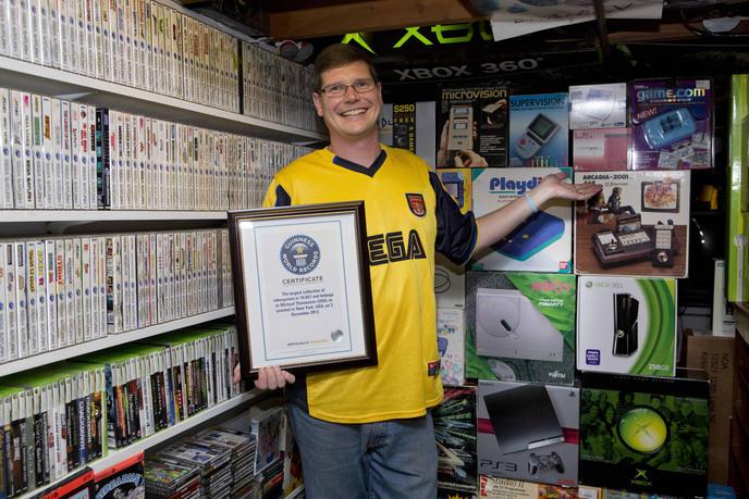 w_la-plus-grande-collection-de-consoles-et-jeux-videos-record-du-monde
