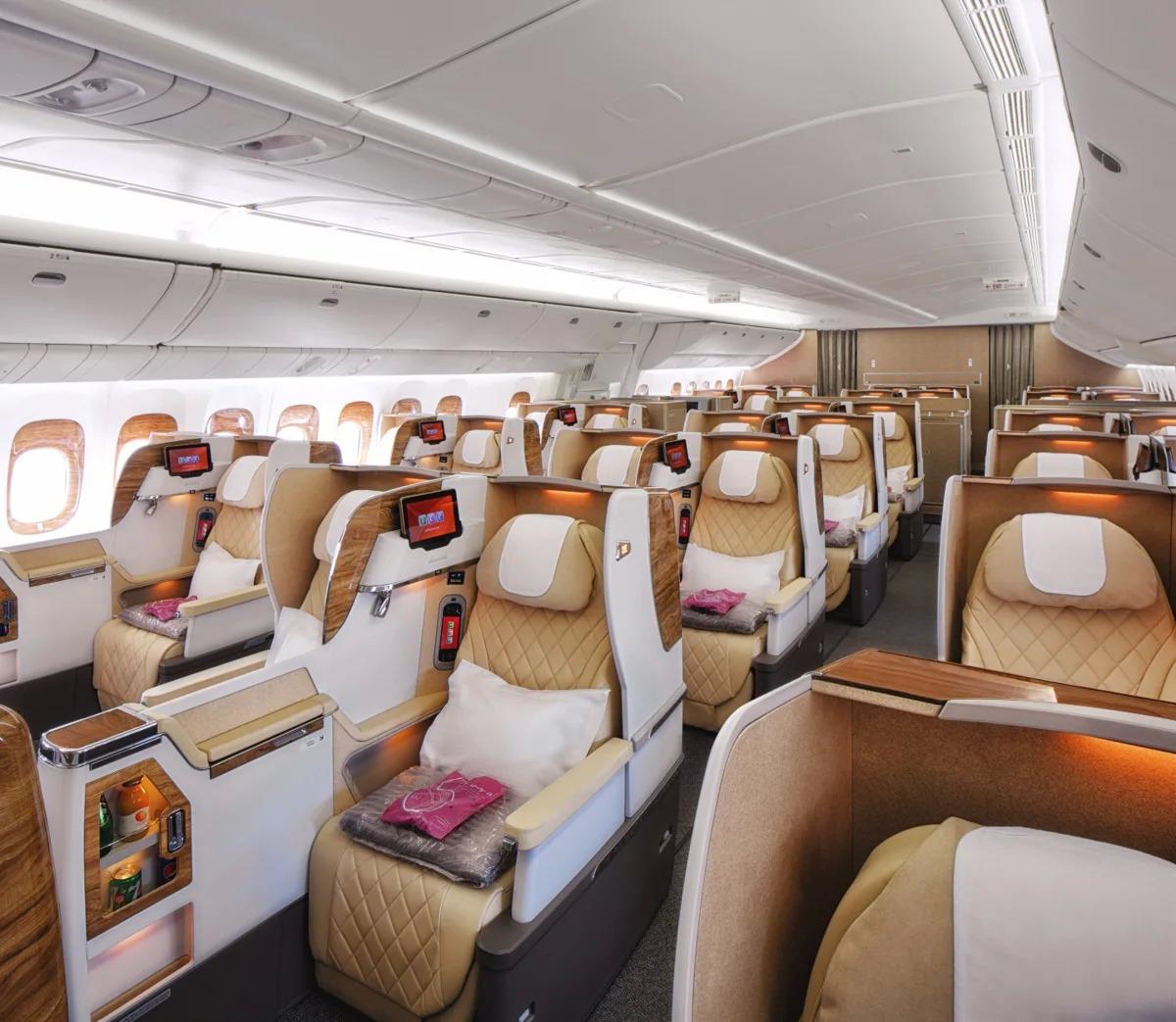 New business Class B777-200LR